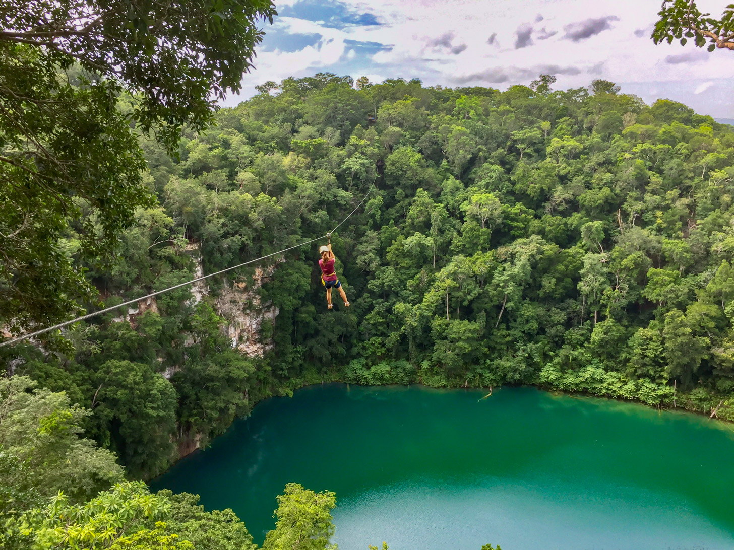 Ziplining boven de Mexicaanse jungle