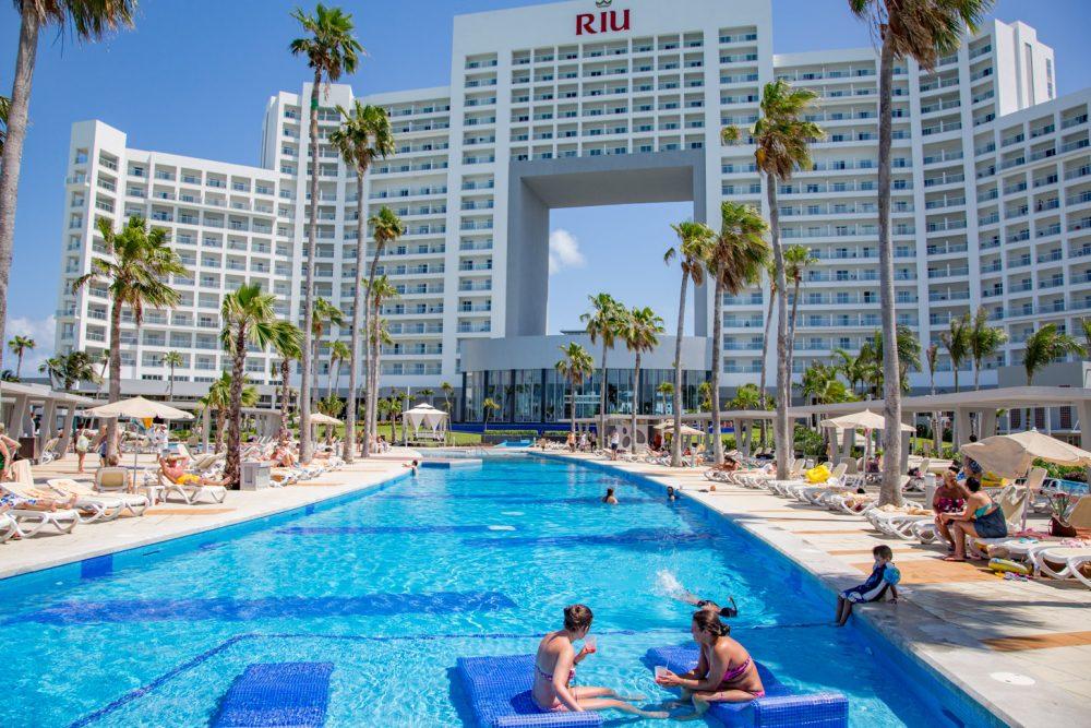 RIU Palace hotel in Cancun