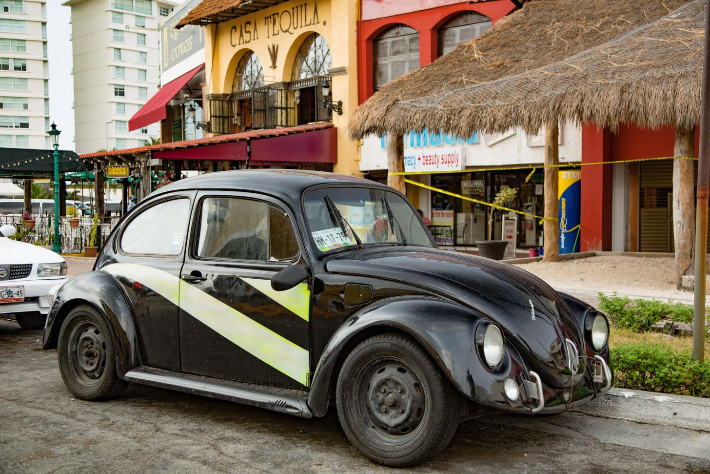 Gaaf.... een VW Kever huren in Cancun!
