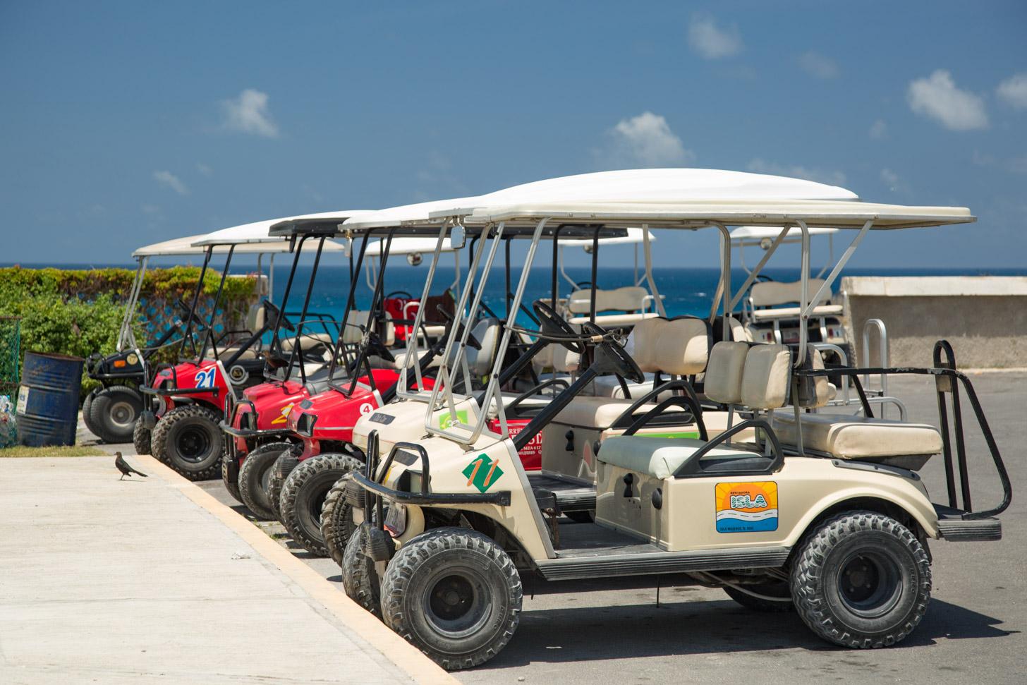 Golfkarretjes op Isla Mujeres